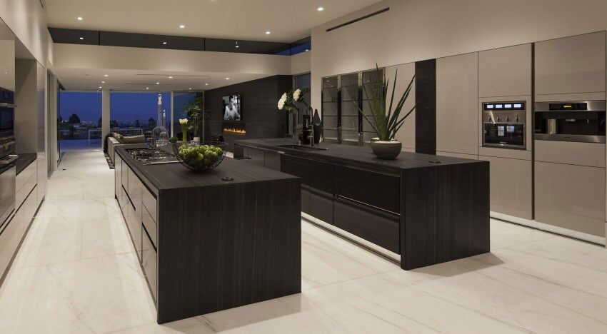 Neighborhood of Beverly Hills, Carla Ridge Residence by McClean Design