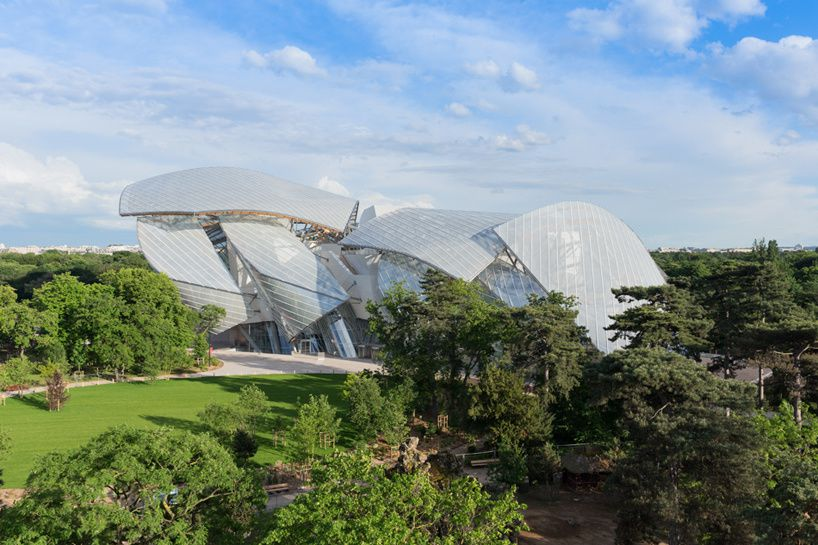 Frank Gehry's Fondation Louis Vuitton opens in paris