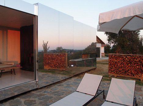 Casa Invisibile by Delugan Meissl