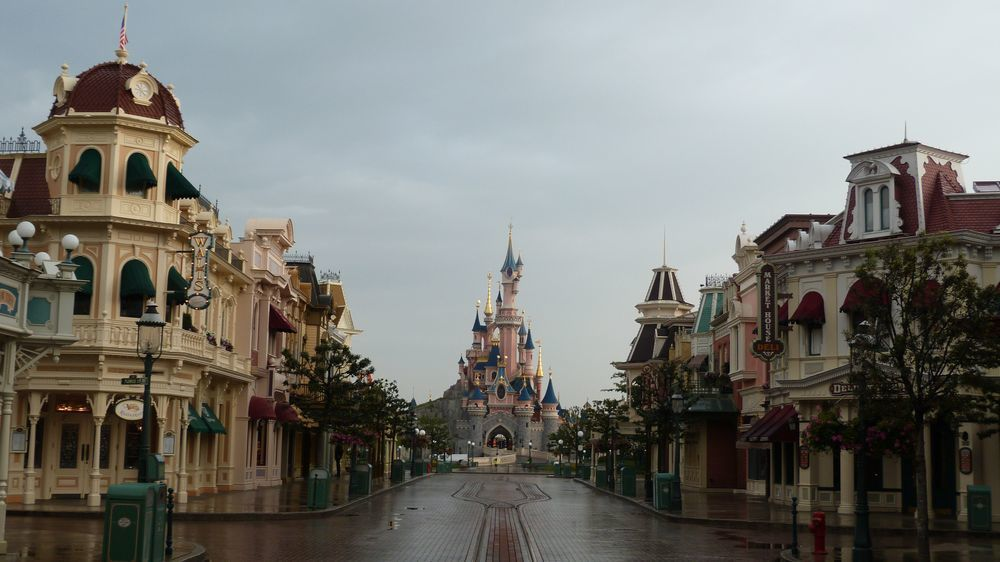 Une nuit à Disneyland Paris
