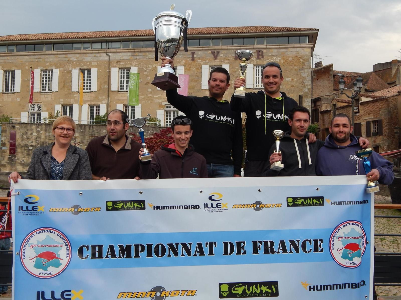 2015: une victoire pour nos 10 ans de compétition, devinez où? En Dordogne bien sûr chez l'ami Toto !