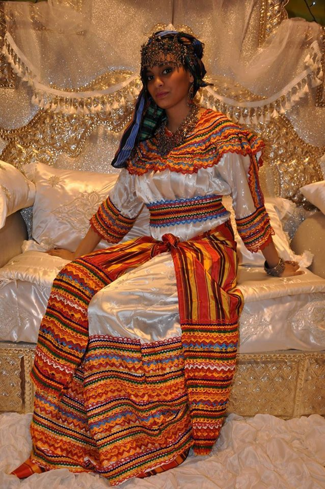 La disparition de la robe traditionnelle Kabyle.