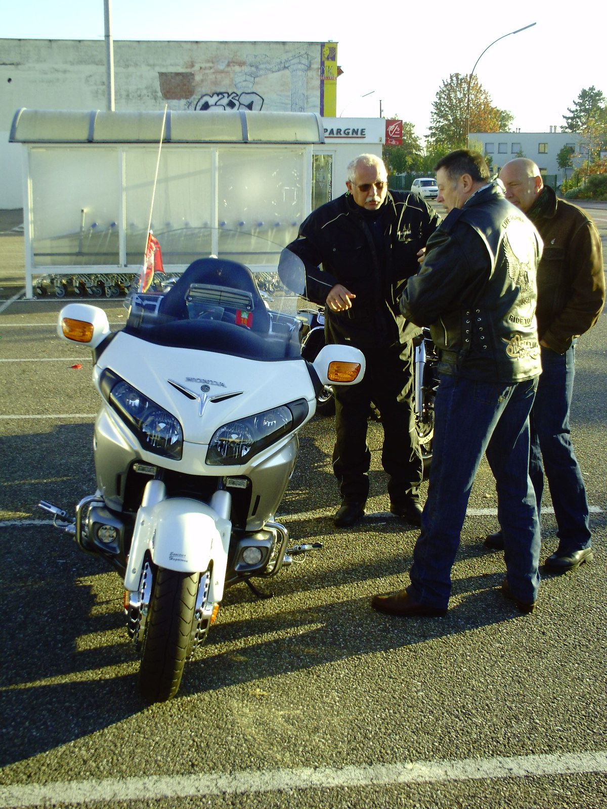 Goldwing - la Lorelei invite le Unsersbande
