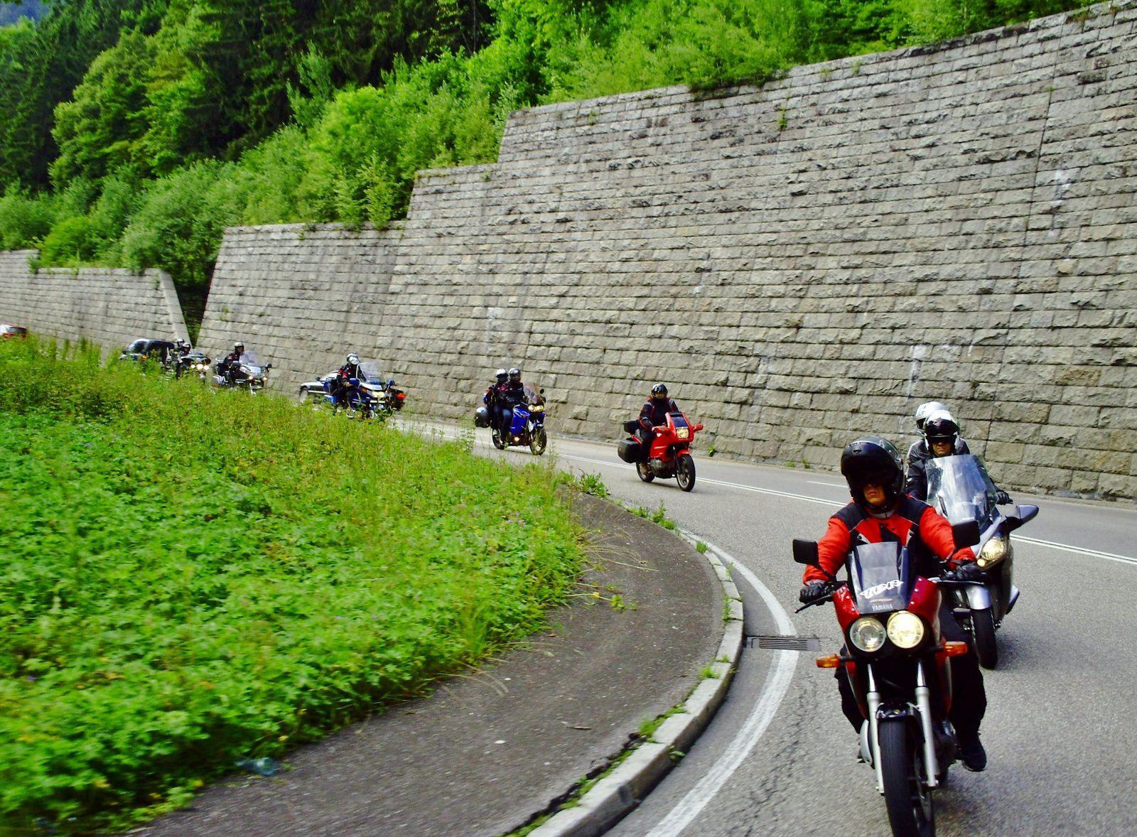 Goldwing - vers les chutes du Rhin (Rheinfall Neuhausen Suisse) 2014