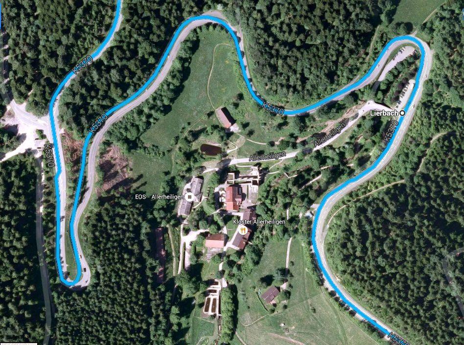 Goldwing - voyage en forêt noire vers Obertal, le château du Hohenzollern et Tübingen 1/4