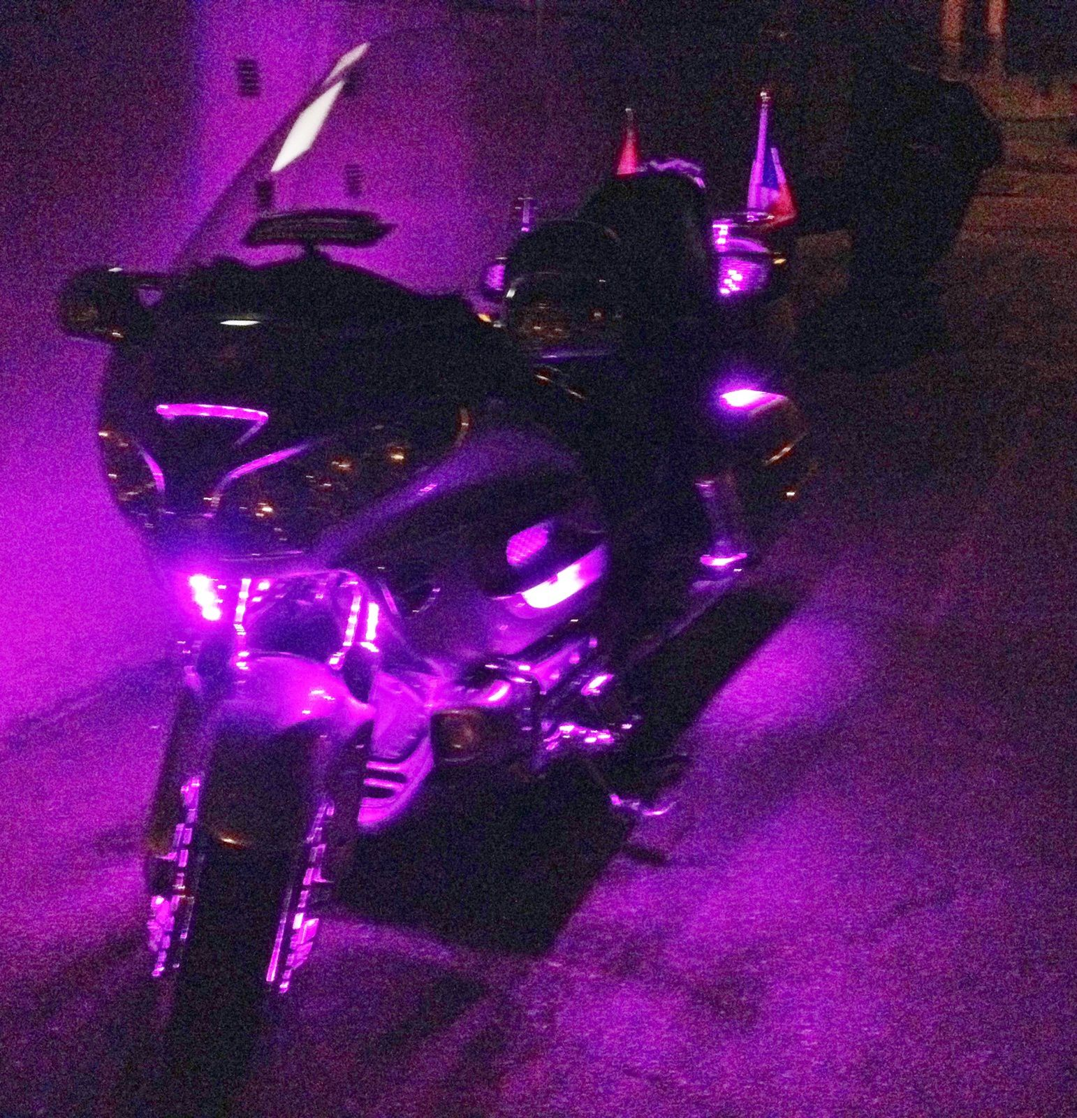 Goldwing 1800 - Les leds à poser