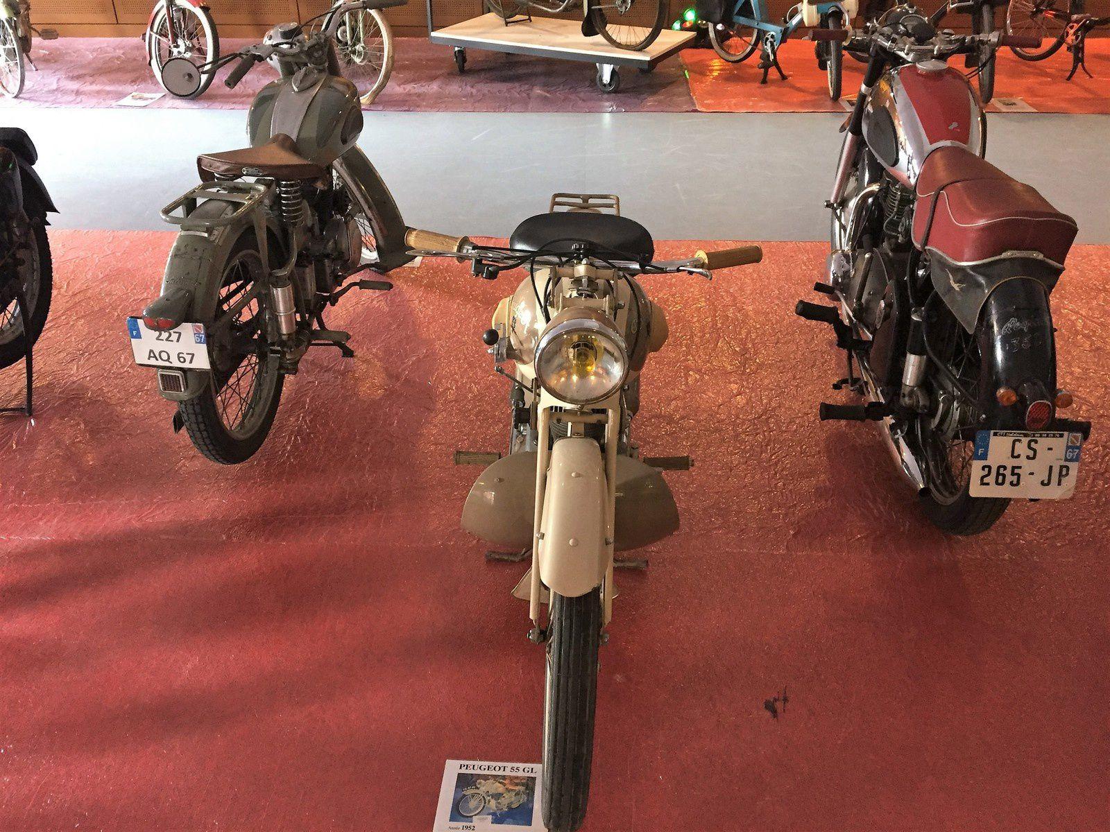 Goldwing - le téléthon 2016 avec l'association des vieilles motos de Molsheim RMC 67