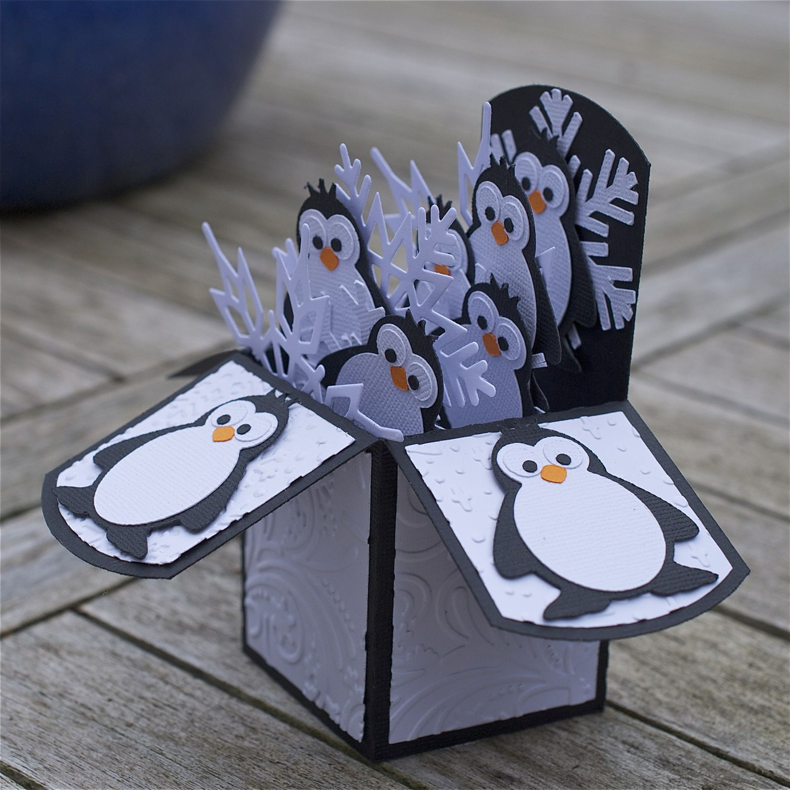 Carte POP-UP &quot&#x3B;pingouins&quot&#x3B;