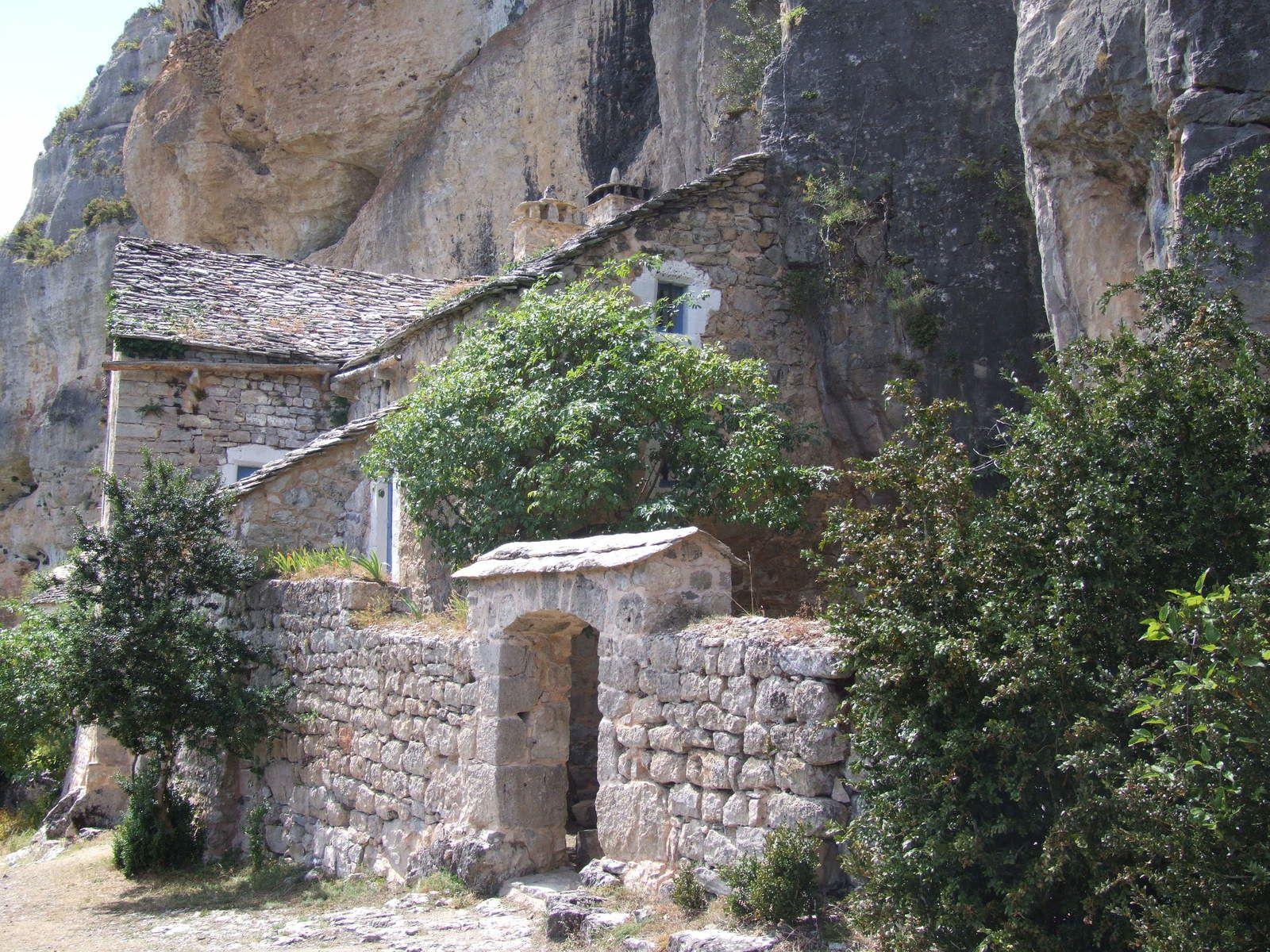 Randonnée dans le Cirque de Saint-Marcellin dans les Gorges du Tarn