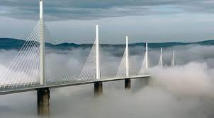 Le Viaduc de Millau a fêté ses 10 ans - vidéo-