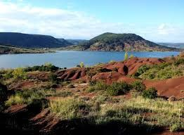 Le Lac du Salagou et le Cirque de Mourèze