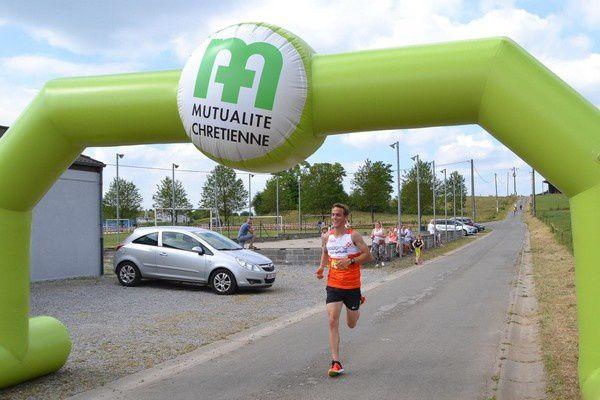 L'arrivée des 3 premiers du 7 kms.