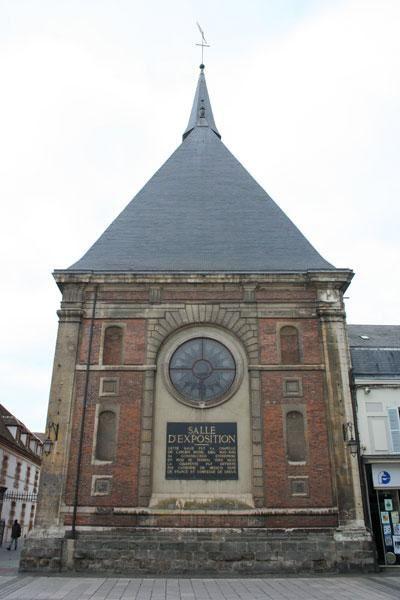 LES QUARANTES PREMIERES ANNEES DU CENTRE HOSPITALIER VICTOR JOUSSELIN DE DREUX-1.