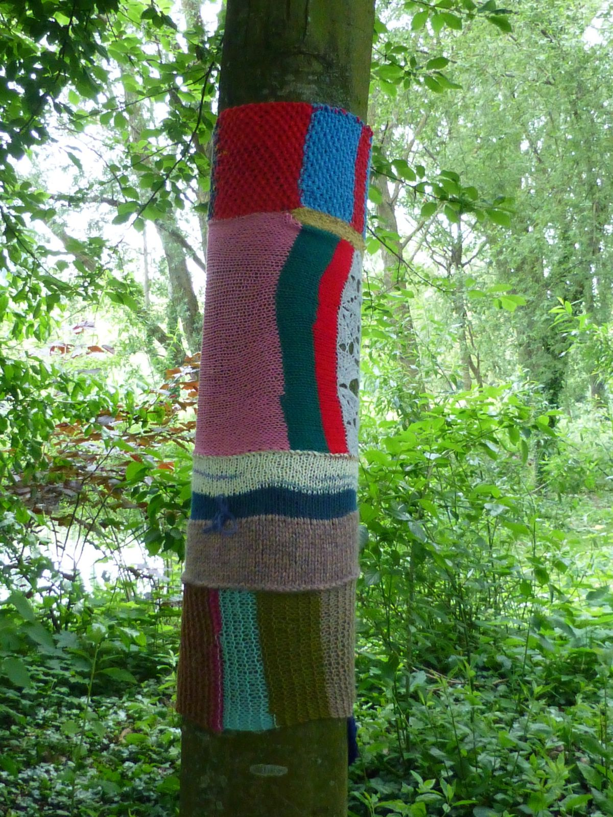 Tree art or yarn bombing