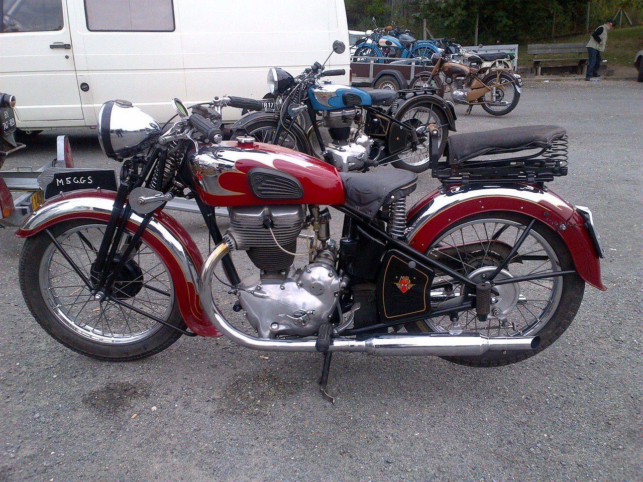 Balade des vieilles motos du Périgord - La Chapelle Gonaguet - Août 2013