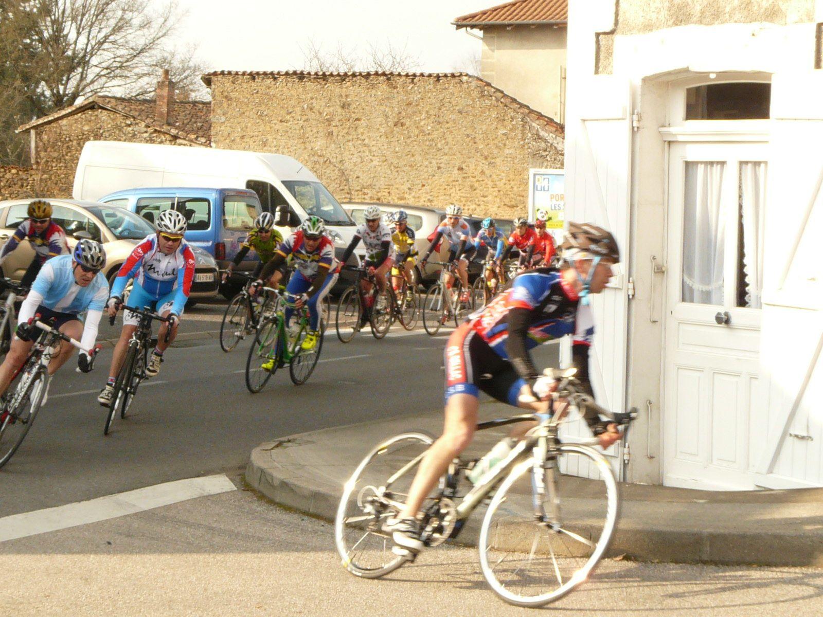 Course de club payante du CC Exideuil à Rochechouart
