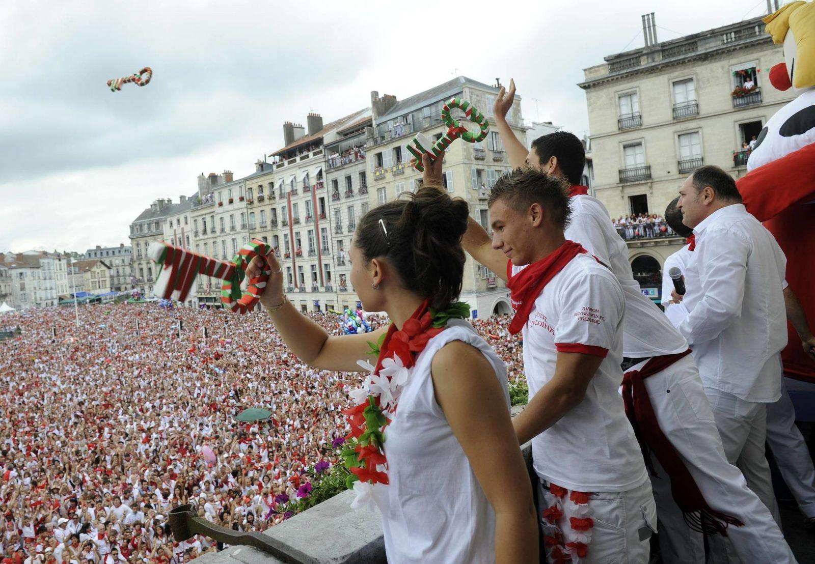 sources : rtl.fr, fetes.bayonne.fr