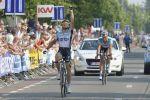 messages des mômes, borgo, recto de la carte postale envoyée à Matteo, 1ère victoire chez les pros (cyclingforall.net), passage en mayenne (photos tiphaine). + STD-IMG, photo-pascal-guyot (afp)