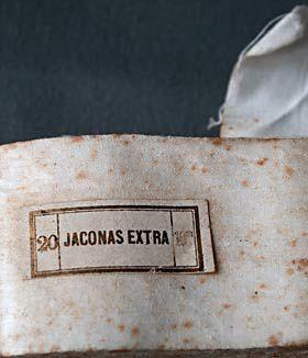 1- : timbres.france.monde.free.fr / 2- : parole-et-patrimoine.org / 3- : namespedia.com