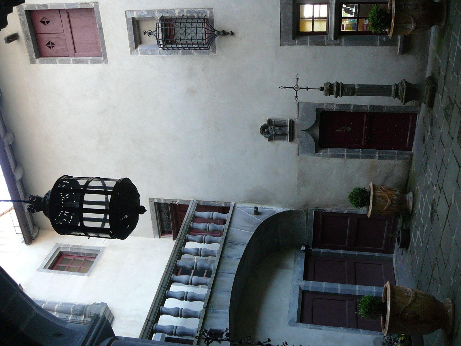 La maison consulaire( St Flour)