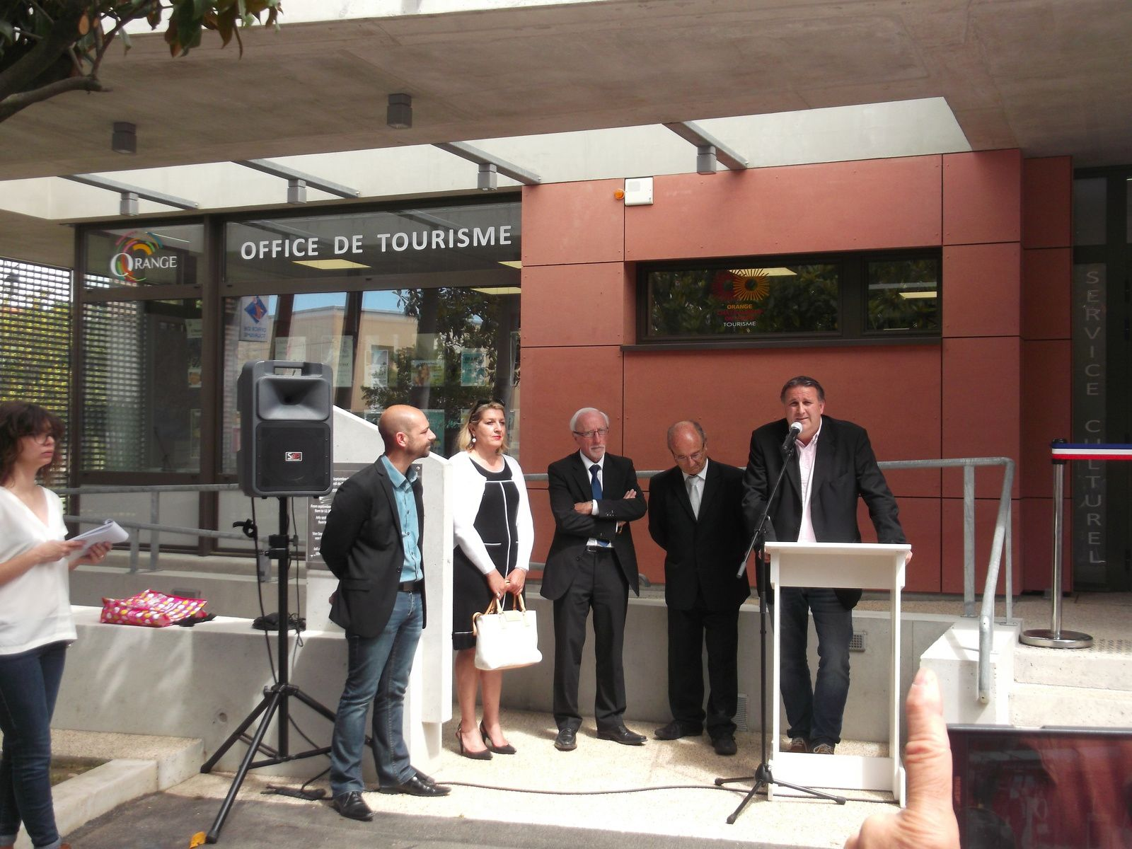 Inauguration de l'office de tourisme intercommunal d'Orange.