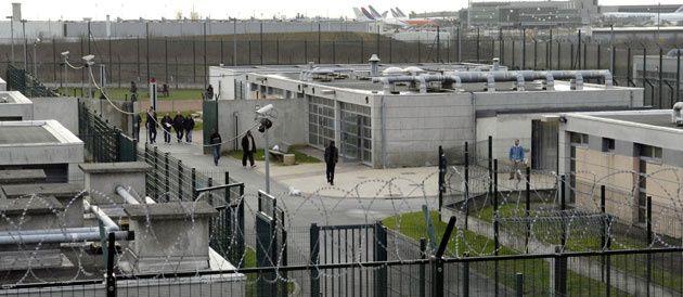 L'accès des journalistes aux centres de rétention, une nécessité (mediapart)