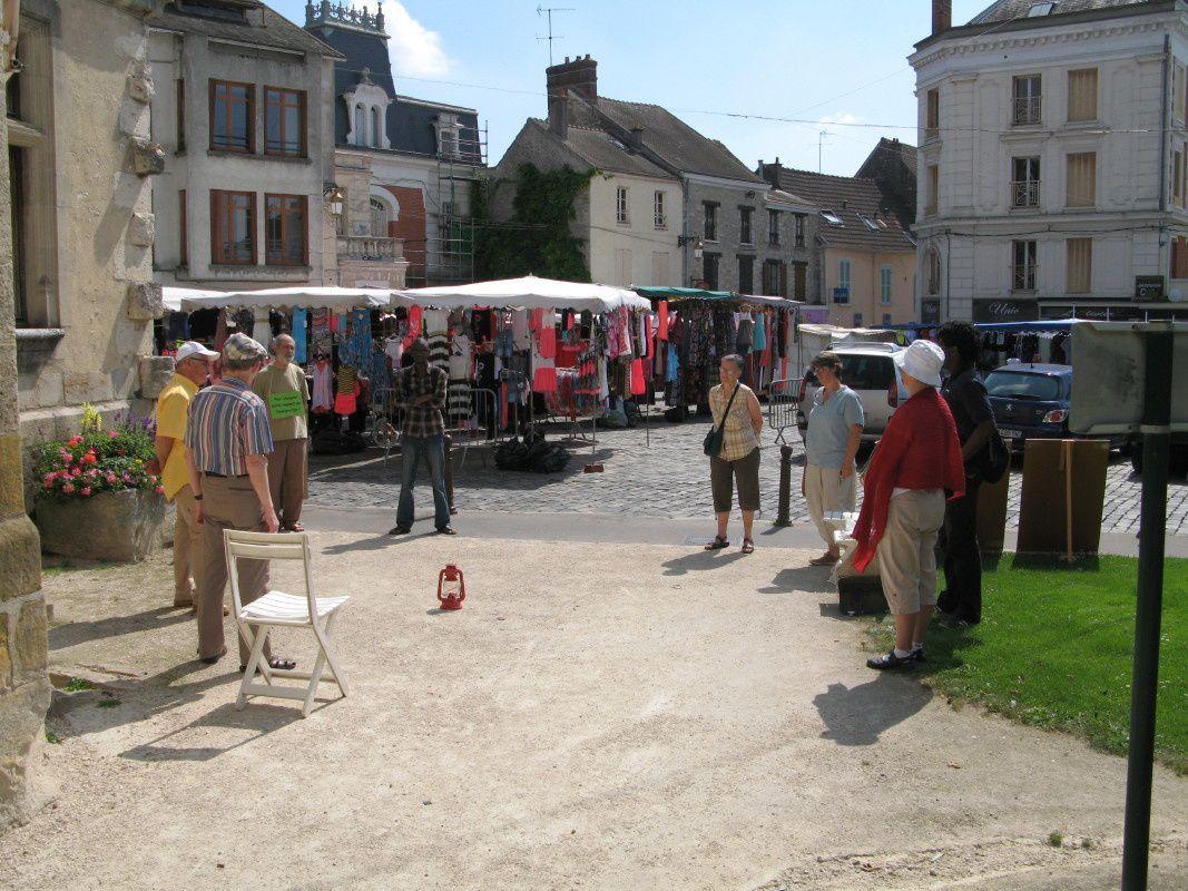 Cercle de Silence du 26 juillet 2014 à Etampes (91)