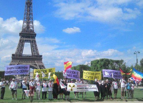 5 sept. 2014 : JEÛNE et INTERPELLATION à PARIS POUR L'ABOLITION DES ARMES NUCLÉAIRES