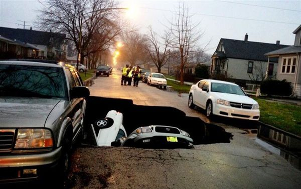 Sinkhole à Chicago (18 avril)