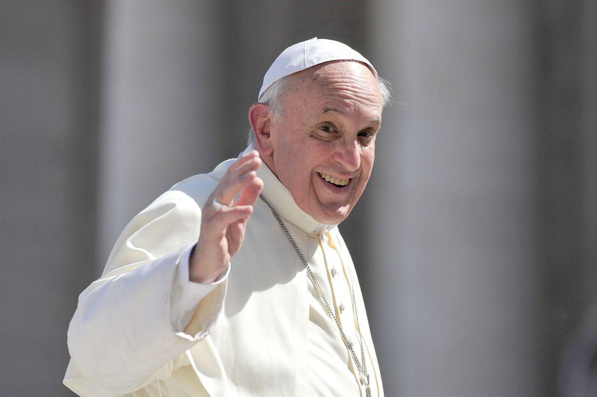 http://www.huffingtonpost.com/2014/06/18/pope-francis-sick-rest-vatican_n_5508648.html?utm_hp_ref=religion