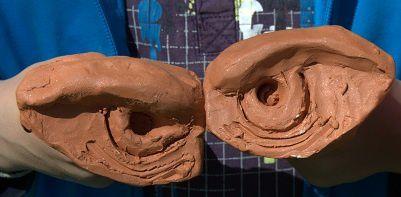 Sculpture enfants Boucliers 1 : les yeux de dragons