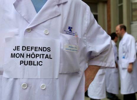 La loi santé va &quot&#x3B;fragiliser insidieusement le statut de l'hôpital public&quot&#x3B;.