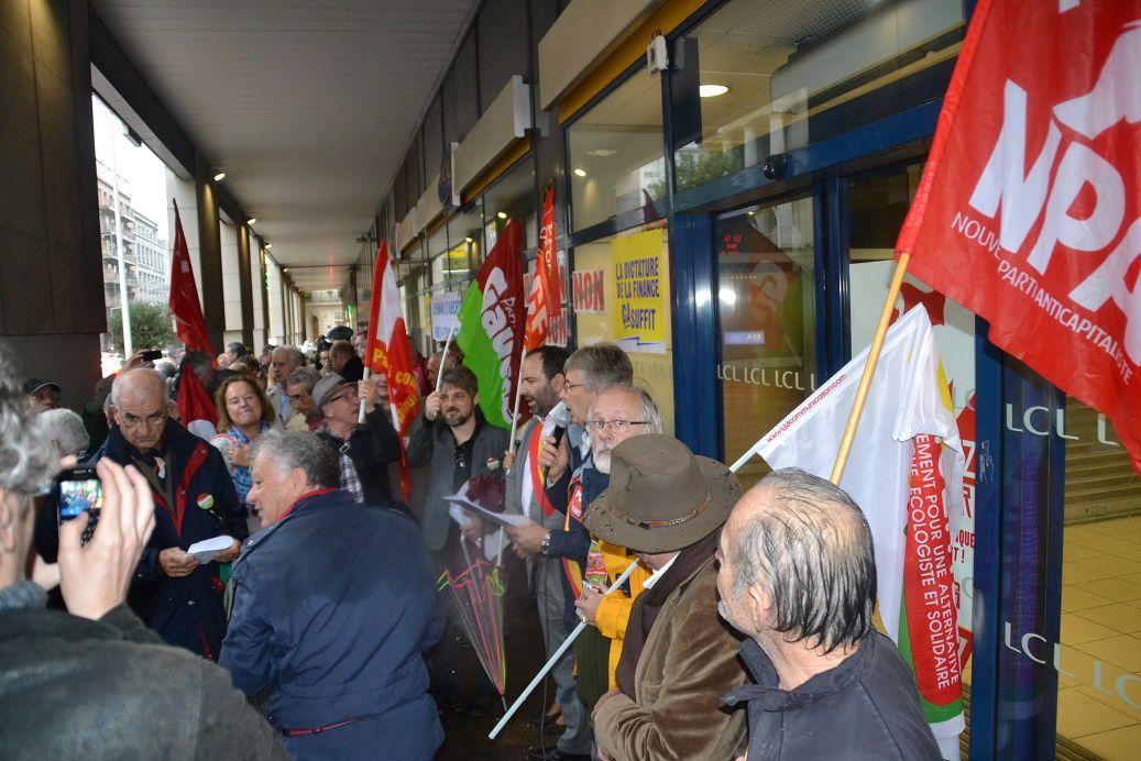 Toulon : Rassemblement 15/11 du Collectif 3A  (pour une alternative écologique à l'austérité)