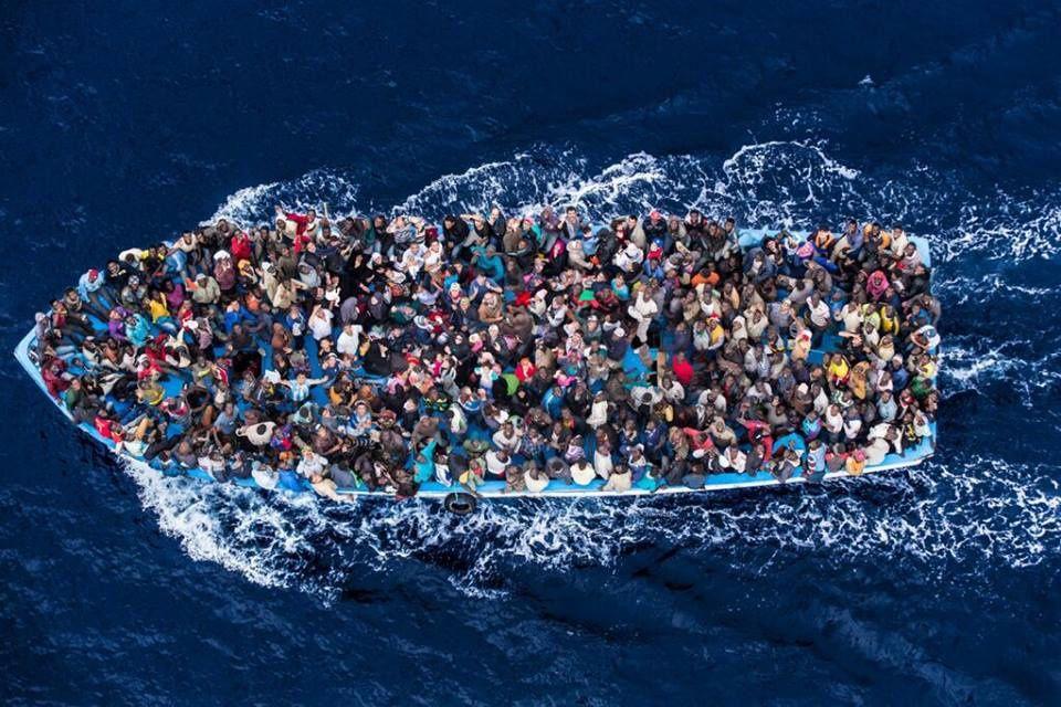 Oui à une loi d'orientation et de programmation pour l'accueil des migrants (PCF)