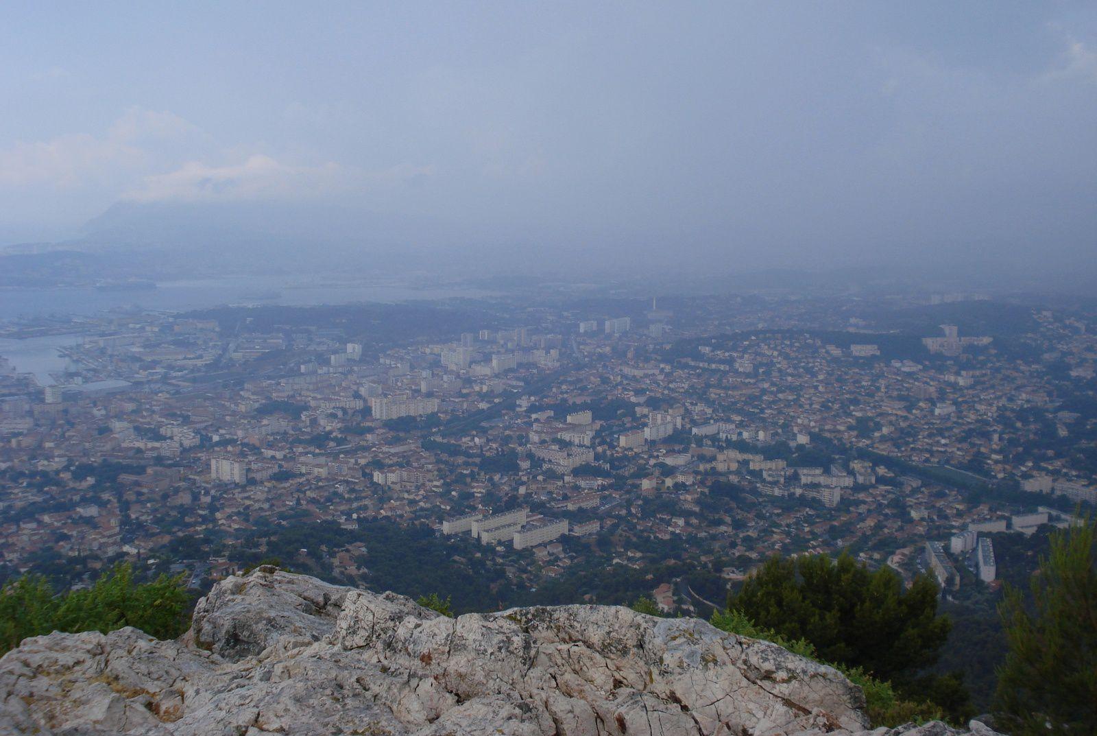2 Orage sur Toulon, vue du Mont Faron.