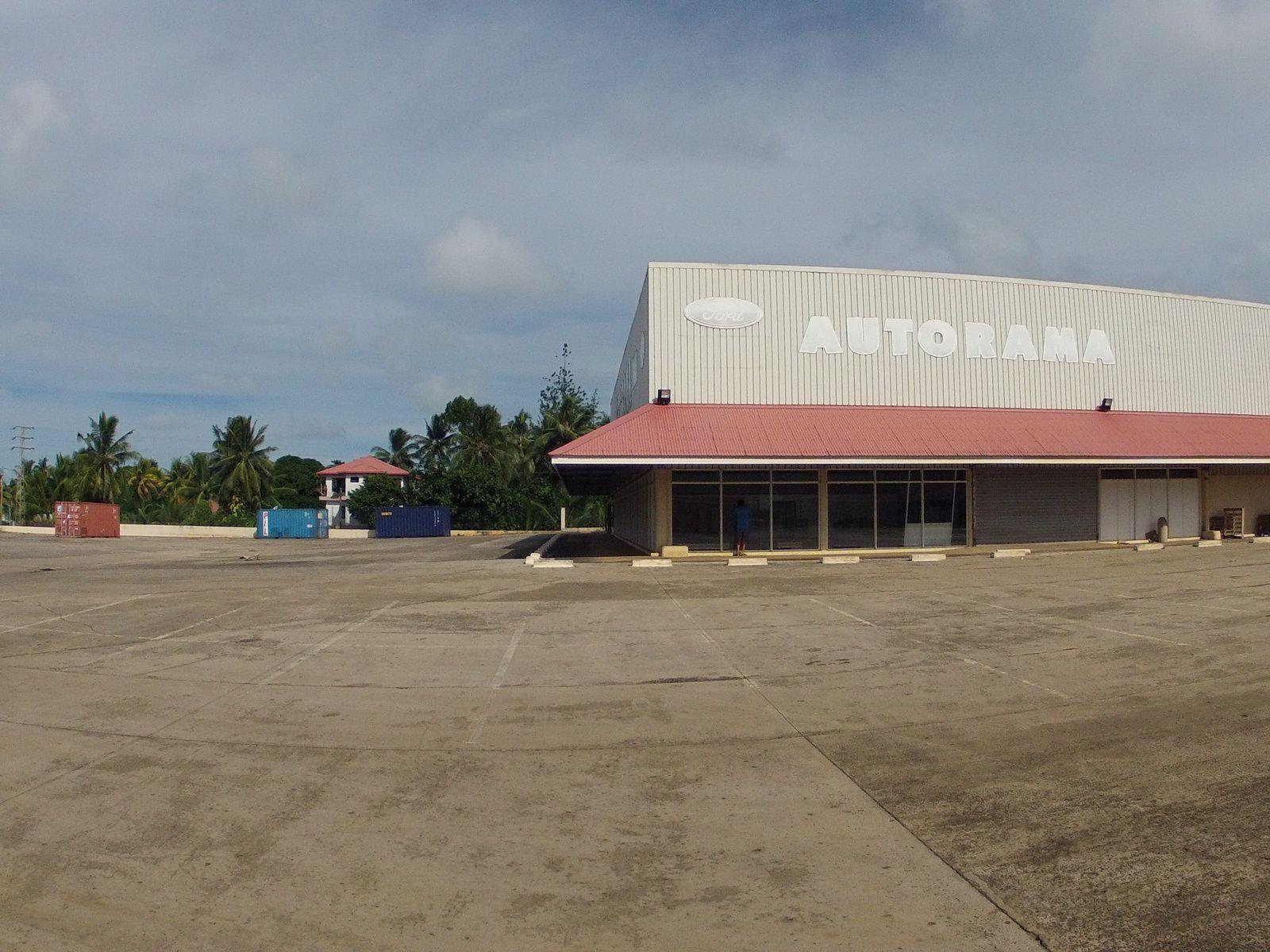 c'est dans ce local ( auparavant, autorama )  qu'ouvrira le nouveau supermarché en avril 2014