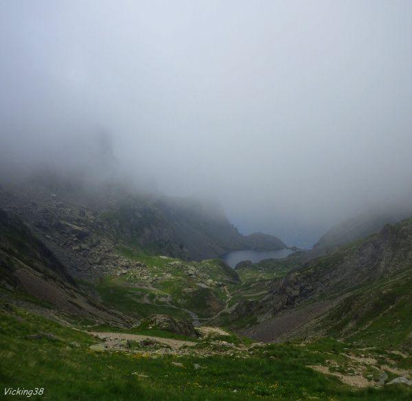LE LAC DAVID (Alt. 2212 m) . . .