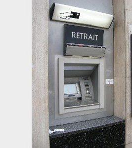 Je hais les automates bancaires !