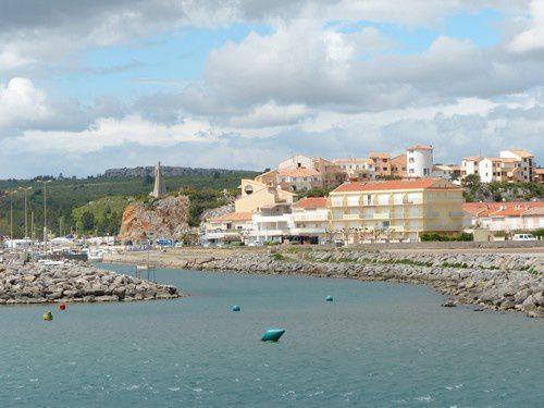Narbonne plage  côté port .