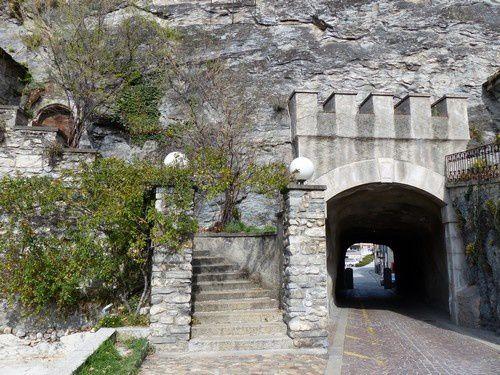 A la découverte du vieux Sion en Valais .