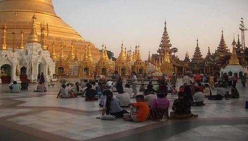 Faire un long voyage à travers l'Asie  ( 3 )