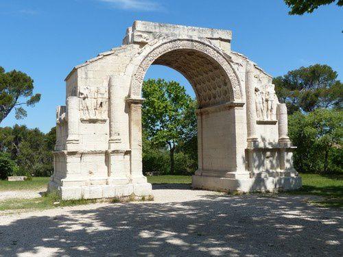 Les antiques de Glanum à St Rémy de Provence