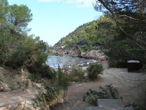 Ibiza, l'île aux criques .