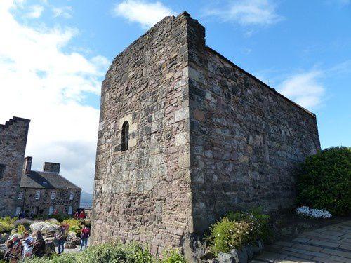Le  château  d'Edimbourg  ( 2 )