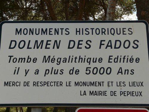 Le dolmen &quot&#x3B; Lo Morrel dos Fados &quot&#x3B;