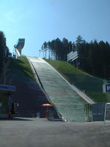 Innsbrück , ville olympique d'hiver .