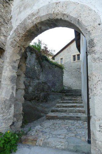 La basilique Valère de Sion.
