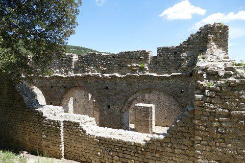 Le monastère de Saint Laurent de Sous