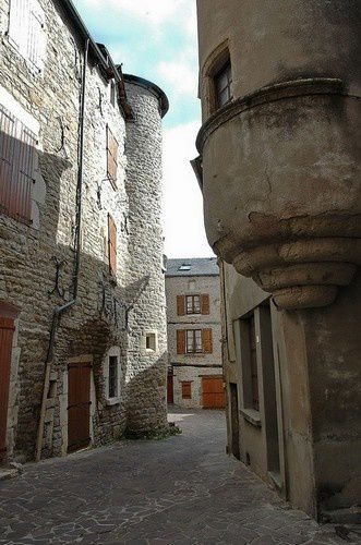 Plongée dans le passé à Sévérac le Château.