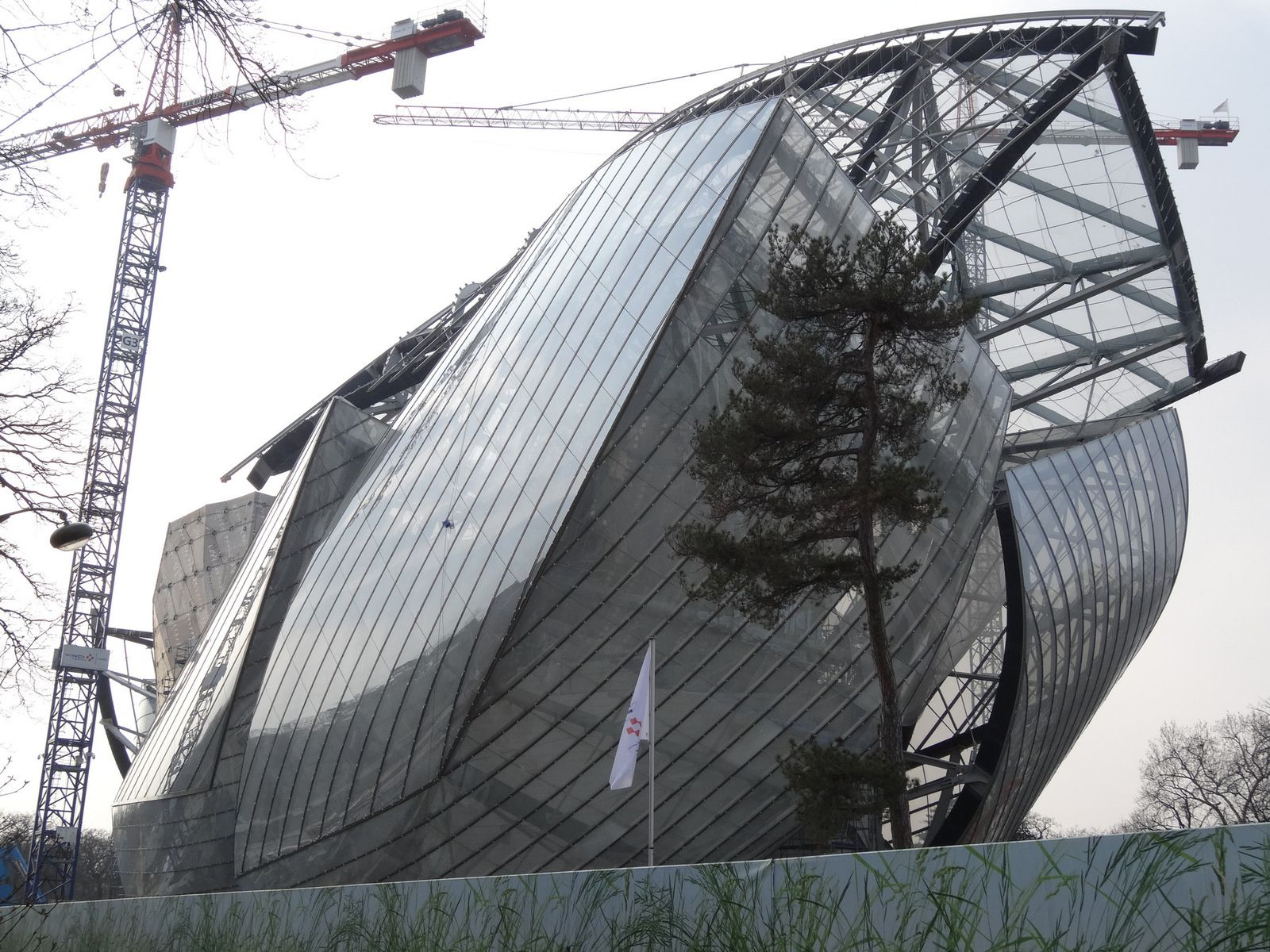 La Fondation Vuitton de Frank Gehry à Paris - sa construction en 9 images